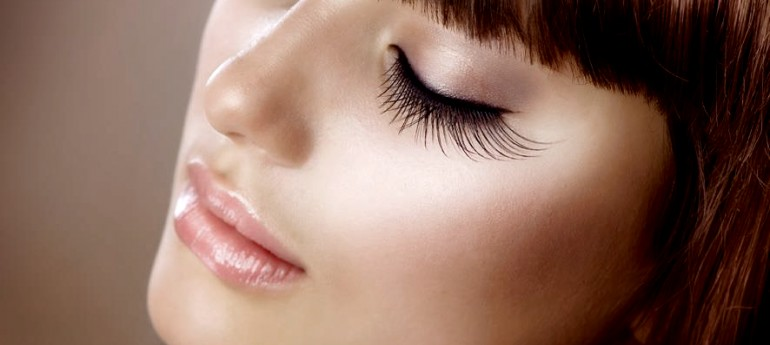 GIve Mum gorgeous flutter lashes this Mother's Day